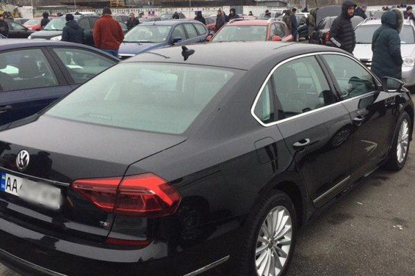 Авто из США Volkswagen Passat SE 2016 года выпуска, двигатель 1.8 TSI, бензин, пробег 64 тыс